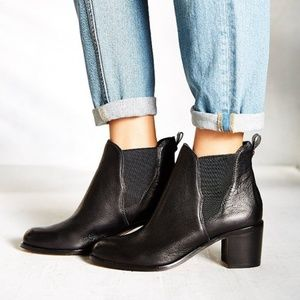 Sam Edelman Justin Leather Chelsea Ankle Boots Sz8